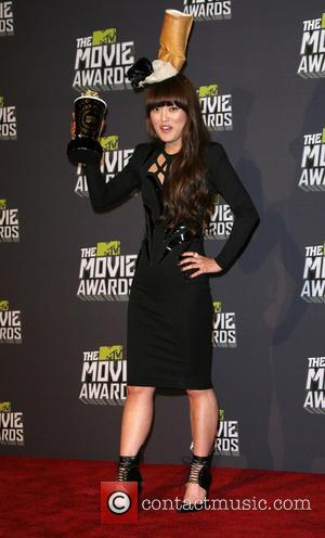Hana Mae Lee - 2013 MTV Movie Awards held at Sony Pictures Studios - Press Room - Los Angeles, CA,...