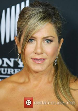Jennifer Aniston Cupping Marks Reveal Chinese Treatment
