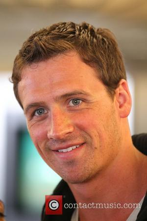 Ryan Lochte - Ryan Lochte arrives at Los Angeles International Airport - Los Angeles, CA, United States - Wednesday 17th...