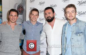 Matt Lanter, Jason Kennedy, Chris Salgardo and Robert Buckley