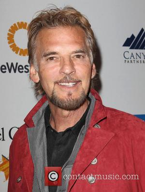 Kenny Loggins - The Kaleidoscope Ball benefitting The UCLA Children's Discovery and Innovation Institute at Mattel Children's Hospital UCLA -...
