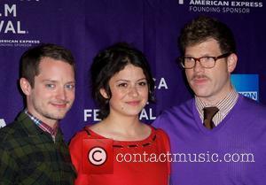 Elijah Wood, Alia Shawkat and David Schlussel