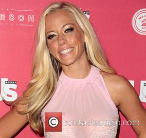 Kendra Wilkinson Hospital: Model/Actress Hospitalised Following Car Crash