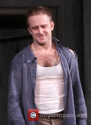 Ben Foster - Curtain call for the Broadway play 'Orphans' at the Gerald Schoenfeld Theatre. - New York City, New...