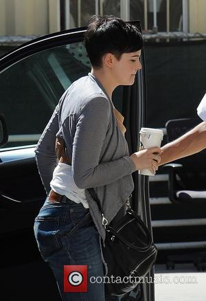 Ginnifer Goodwin - Actress Ginnifer Goodwin spotted arriving at the Lancer Dermatology medical office in Beverly Hills Ca. - Los...