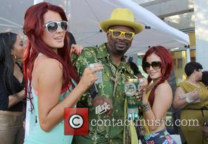 Snoop Lion, Don 'magic' Juan, Melissa Howe and Carla Howe