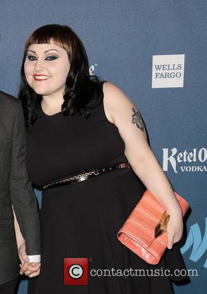Beth Ditto Confirms Spring Wedding In Hawaii