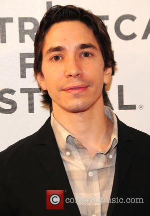 Justin Long Will Star With Anna Faris In CBS' New Comedy 'Mom'