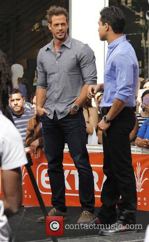 William Levy and Mario Lopez - Celebrities at The Grove to appear on entertainment news show 'Extra' - Los Angeles,...