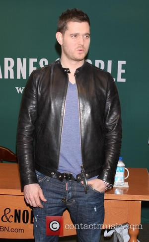 Michael Buble - Michael Buble signs copies of his new album 'To Be Loved' at Barnes & Noble - New...