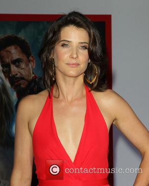Cobie Smulders - 'Iron Man 3' Los Angeles premiere held at the El Capitan Theatre - Arrivals - Hollywood, California,...