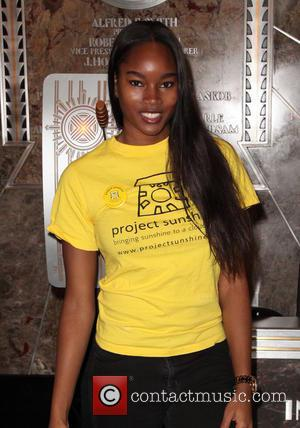 Damaris Lewis - Dionne Warwick lights the Empire State Building yellow to celebrate 'Project Sunshine Week' and their 10th annual...