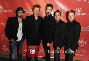 Aj Mclean, Nick Carter, Kevin Richardson, Howie Dorough and Brien Littrell Backstreet Boys