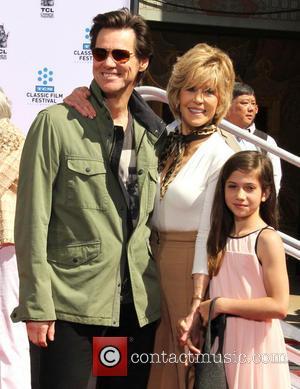 Jane Fonda Immortalised In Hollywood Handprint Ceremony
