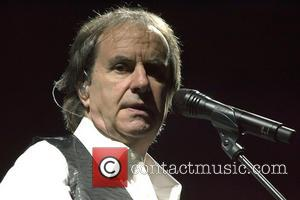 Chris de Burgh - Chris de Burgh performs at the Royal Concert Hall - Glasgow, Scotland - Sunday 28th April...