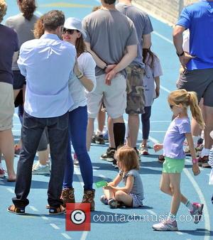 Jennifer Garner, Seraphina Affleck and Ben Affleck - Ben Affleck and Jennifer Garner take their daughters to a children's running...