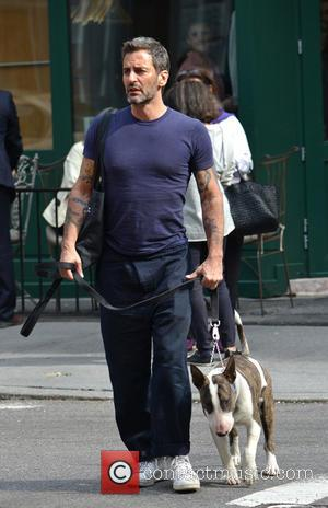 Marc Jacobs - Marc Jacobs and ex-boyfriend Lorenzo Martone having brunch with their two pet dogs at Sant Ambroeus restaurant...