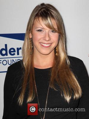 Full House Actress Jodie Sweetin Insists That Rehab Stay Is Voluntary And Not Related To Addiction