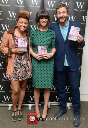 Gemma Cairney, Dawn O'Porter and Chris O'Dowd - Dawn O'Porter atends a photo call for her book 'Paper Aeroplanes' at...