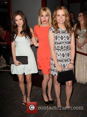 Zoey Deutch and Lea Thompson - 20th Annual Race To Erase MS Gala