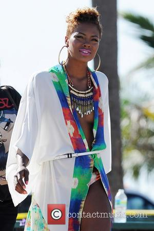Eva Marcille - Jennifer Lopez filming a TV commercial at South Point Park - Fort Lauderdale,, Florida, United States -...