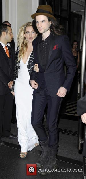 Sienna Miller And Cara Delevingne Smooch At Met Ball