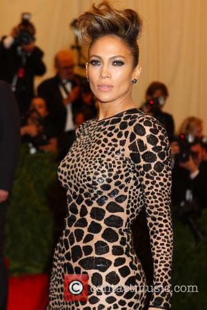 Jennifer Lopez Signs To Redone's Record Label