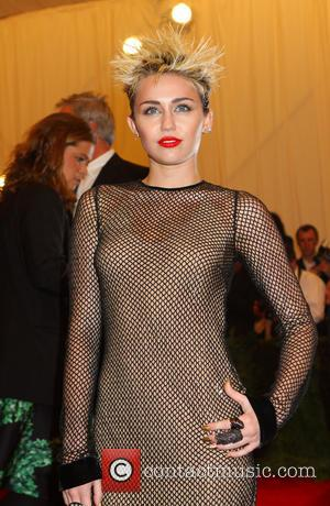 Paranormal Activity Scared Miley Cyrus And Family Away From London Pad