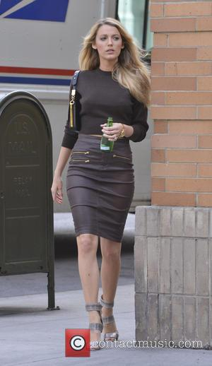 Blake Lively - Blake Lively seen shooting a fashion spread for Lucky Magazine - New York City, NY, United States...