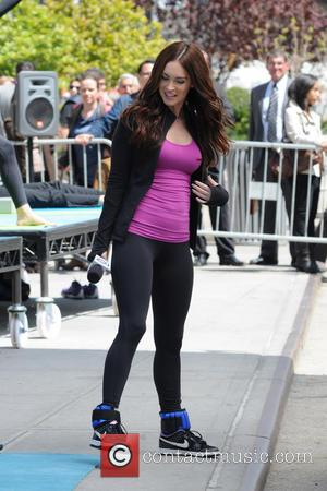 Megan Fox - Actors on the set of 'Teenage Mutant Ninja Turtles' shooting in Gramercy Park, Manhattan - New York,...