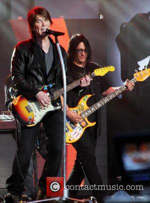 John Rzeznik - Goo Goo Dolls performing live at 'Jimmy Kimmel Live!' in Hollywood - Hollywood, California, United States -...