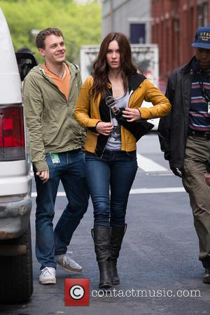 Megan Fox - Actors on the set of 'Teenage Mutant Ninja Turtles' - New York City, NY, United States -...