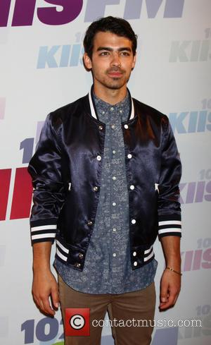 Joe Jonas Volunteers In Oklahoma