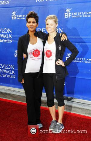 Halle Berry and Julie Bowen