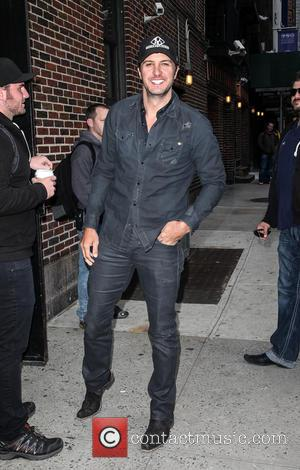 Luke Bryan - Celebrities outside the Ed Sullivan Theater for 'The Late Show with David Letterman' - New York City,...