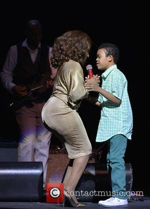 Stephanie Mills - 2nd Annual Mothers Day Concert held at the James L. Knight Center - Performances - Miami, FL,...