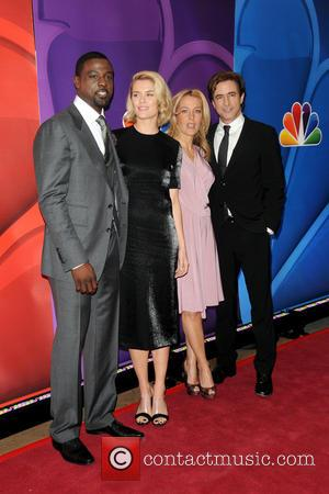 Lance Gross, Rachael Taylor, Gillian Anderson and Dermont Mulroney