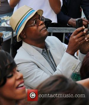 Samuel L. Jackson Offers Up Day Out With Fan As Part Of Online Fundraiser