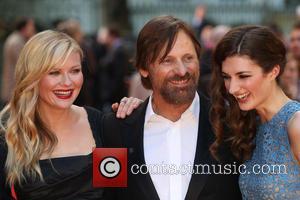 Kirsten Dunst, Viggo Mortensen and Daisy Bevan