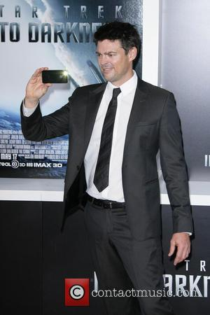 Karl Urban - Los Angeles Premiere of Paramount Pictures'