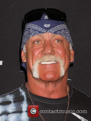 Hulk Hogan - Wrestling Legend Hulk Hogan Welcomes