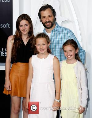 Maude Apatow, Judd Apatow, Iris Apatow and Guest