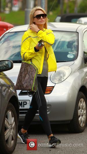 Alex Gerrard and Alex Curran - Alex Gerrard returning to her car after leaving a coffee house - Liverpool, United...