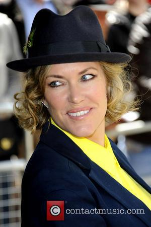 Cerys Matthews Releases Family Songbook