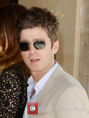 Noel Gallagher Slags Off One Direction At Ivor Novello Awards, (Takes Home A Gong)