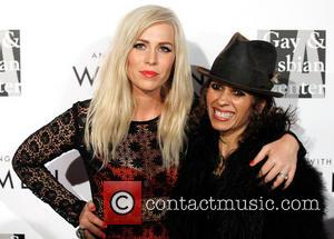 Natasha Bedingfield and Linda Perry