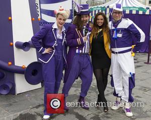 Jennifer Metcalfe - Hollyoaks actress Jennifer Metcalfe plays one of the games on offer at the Cadbury Dairy Milk Marvellous...