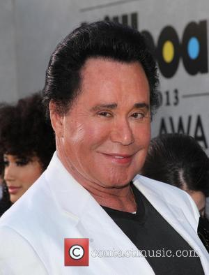 Wayne Newton Sued For Defamation