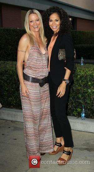 Teri Polo and Sherri Saum