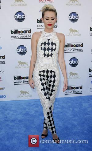 Miley Cyrus, Billboard Awards